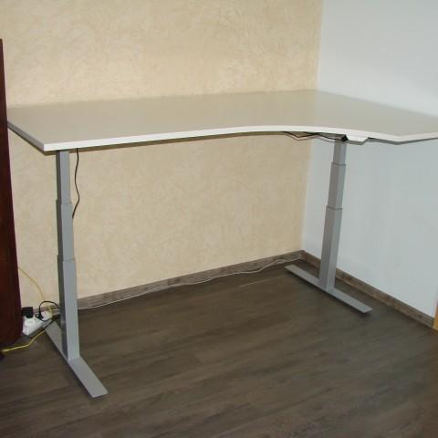 keičiamo aukščio stalas