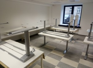 Mechaniškai kintamo aukščio stalai