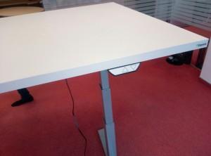 Elektra reguliuojamo aukščio stalo kojos Ergos R600